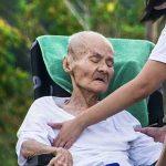 Perawat home care Denpasar Bali- Pendamping lansia di rumah